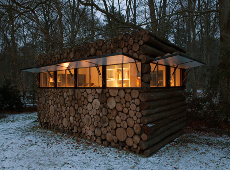piet-hein-eek-tree-trunk-house-20