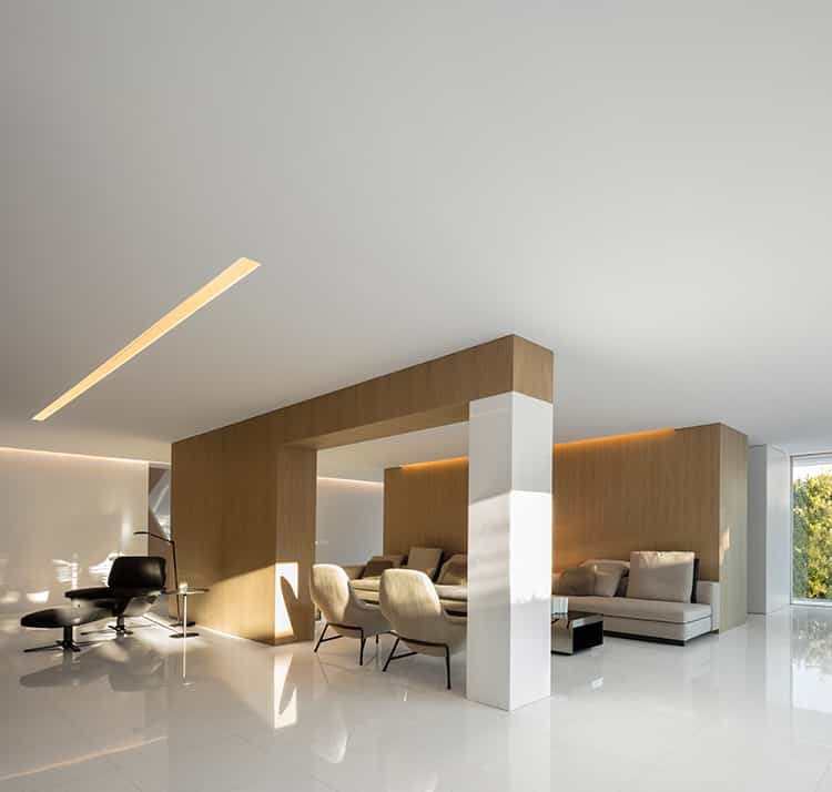 fran-silvestre-arquitectos_-house-between-the-pine-forest_-49