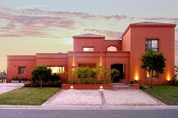 Arquitectos Moron-Saad / Casa 1