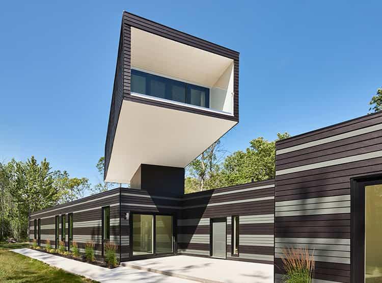 A Bower House / Kariouk Associates