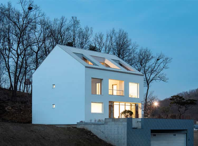 'A' House / Chang Kyu Lee [GEBDESIGN.]
