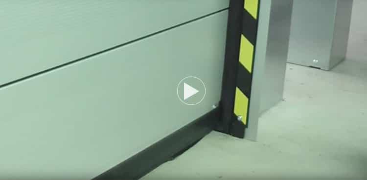 Portones de apertura rápida con velocidad variable / Göttert
