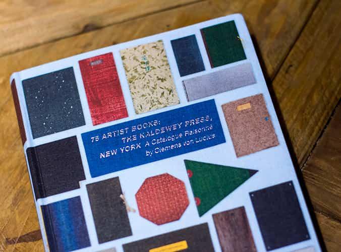 75 Artist Books / Falena