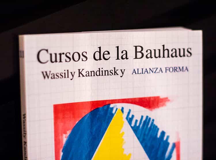Cursos de la Bauhaus / Falena