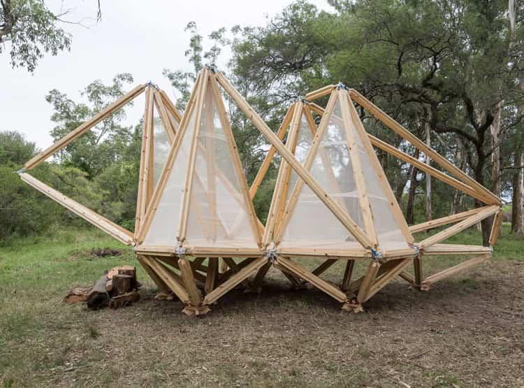 Fragata Natura de Carlos Campos y Silvana Ovsejevich / Hello Wood Argentina