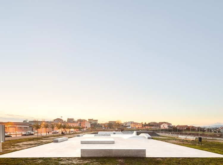 Skateplaza Narvacles / PMAM + SKATE ARCHITECTS