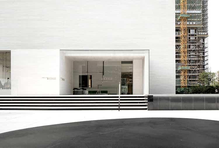 Sky Club House / Domani