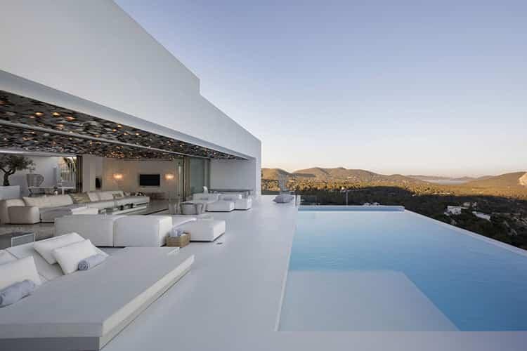 Villa mediterraneo / Metroarea architetti associati