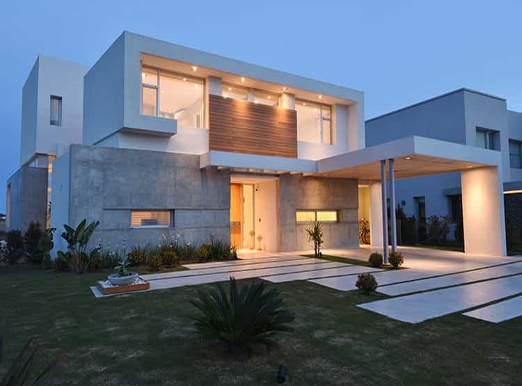 Casa JSR  / Arq. Santiago Cordeyro
