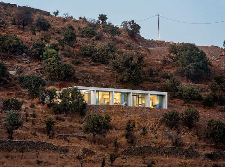 Casa paralela / En Route Architects