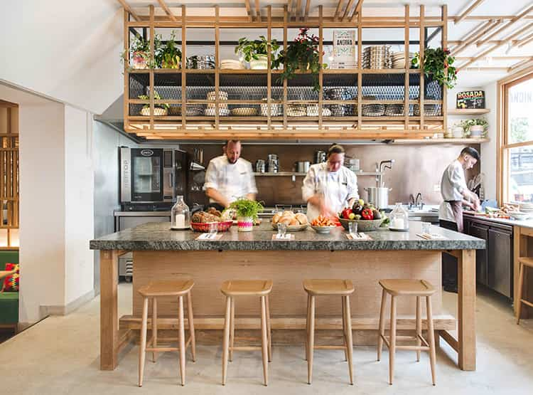 RESTAURANTE Y CAFE ANDINA NOTTING HILL  / EL EQUIPO CREATIVO
