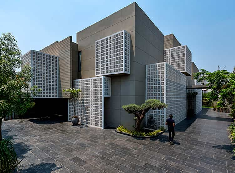 Casa 18 pantallas | Sanjay Puri Architects